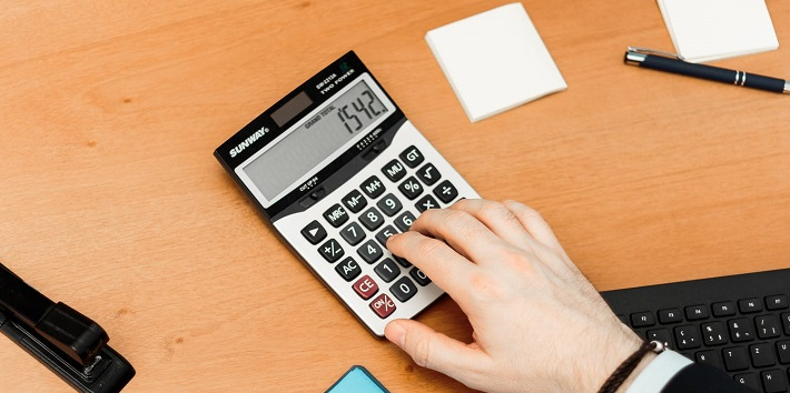 monthly expenses calculator