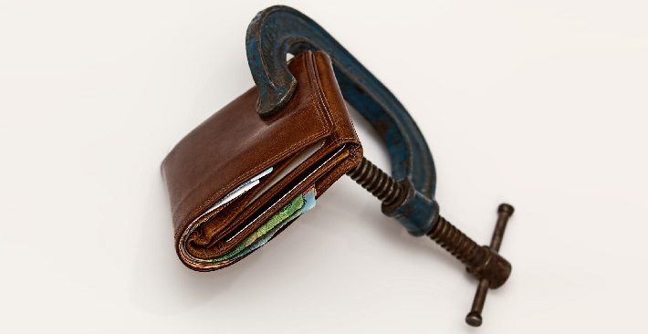 how to stop spending money